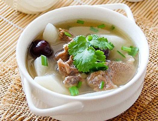 滋补炖汤药材有哪些,家常煲汤药材和煲汤食材推荐