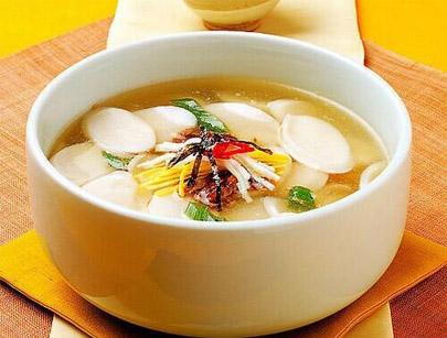 冬季滋补参茸煲汤菜谱:人参、鹿茸炖汤的做法